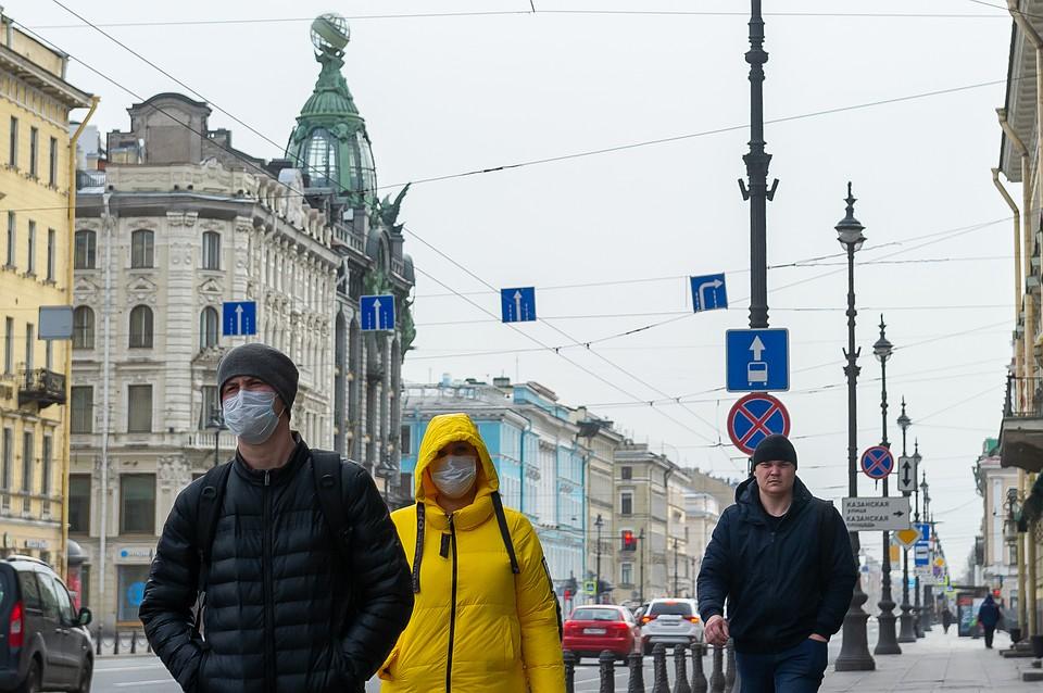 Власти Петербурга потратили 12 миллиардов рублей на поддержку семей